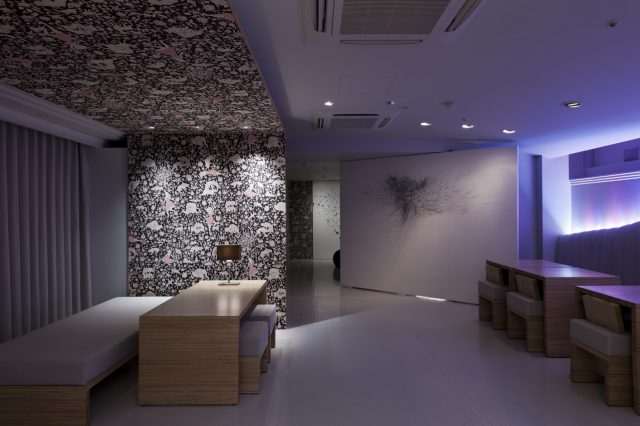 名和晃平がディレクションした「マダムキキのお店」2号店  2012年閉店