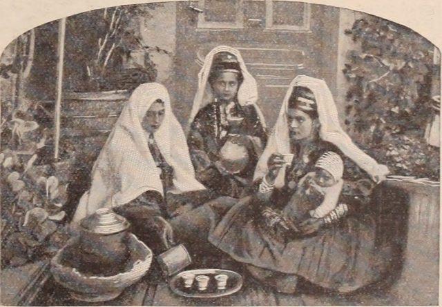 Christian herald and signs of our times(1896)コーヒーの健康への影響が騒がれることもありましたが、それでもコーヒー大好きな人々はカフェでのひと時の楽しみをやめることはありませんでした。