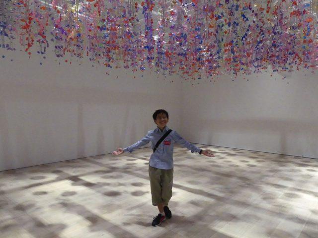 森美術館は美術館における「親子鑑賞」のトップランナーだと思います。ここに来ると「ただいま」な気分になれます。