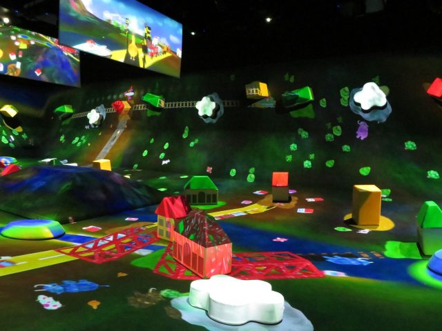 子どもさんが学びながら楽しめる作品も多く含まれています。