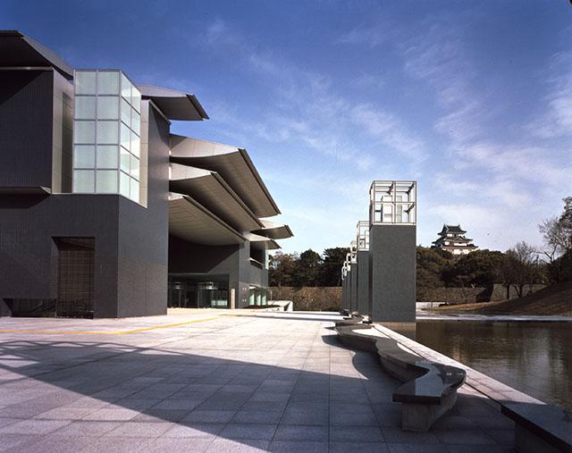 和歌山県立近代美術館の見どころ、ランチ、アクセス、料金、周辺情報、まるごとチェック!